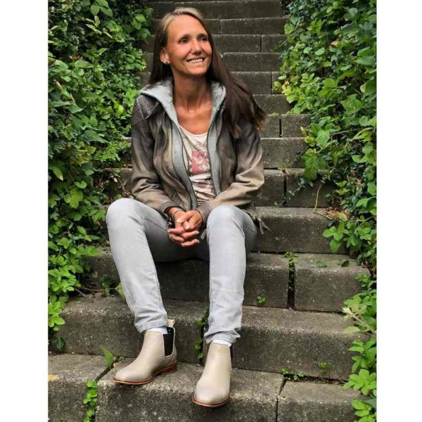 Foto luftige Stiefelette in Taupe zum Casual Outfit_Modell 471