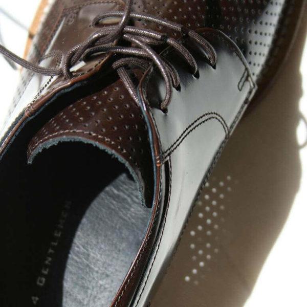 Foto-brauner Herrenschuh mit Perforation. Nahansicht.. Modell Komfortabler Trendsetter-9