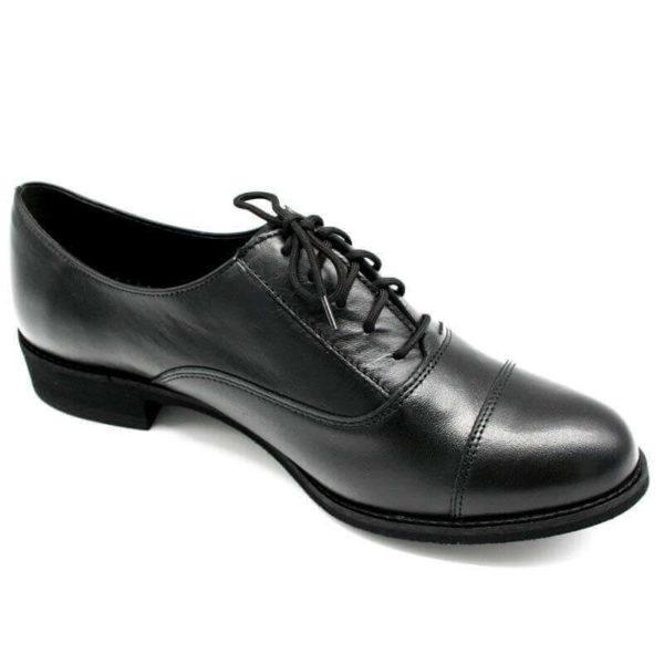 Foto von einem Schnürschuh Modell Oxford Schuhe Damen in Schwarz - Ansicht von der Seite nach rechts zeigend -Modell 517 Oxford Schuhe Damen