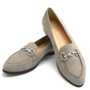Foto Stilvoller Slipper Beige mit silberfarbener Metallapplikation - Modell 581-Stilvoller Slipper_1
