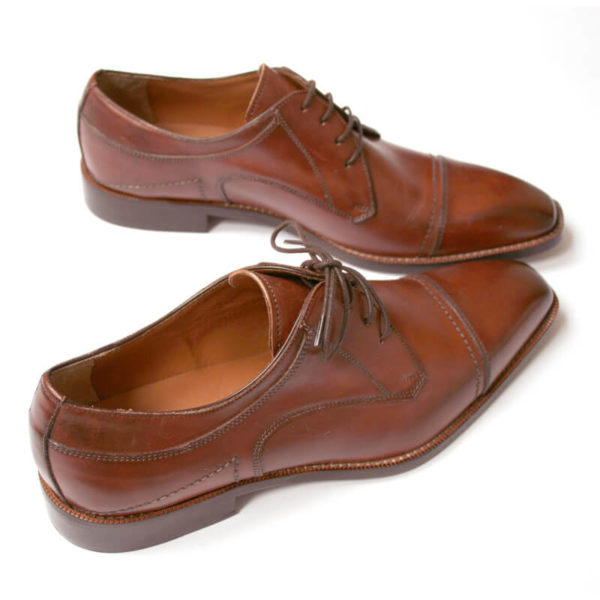 Photo-Men´s business shoes-Individual and masculine-Derby_Captoe_Cognac_2 shoes from above behind