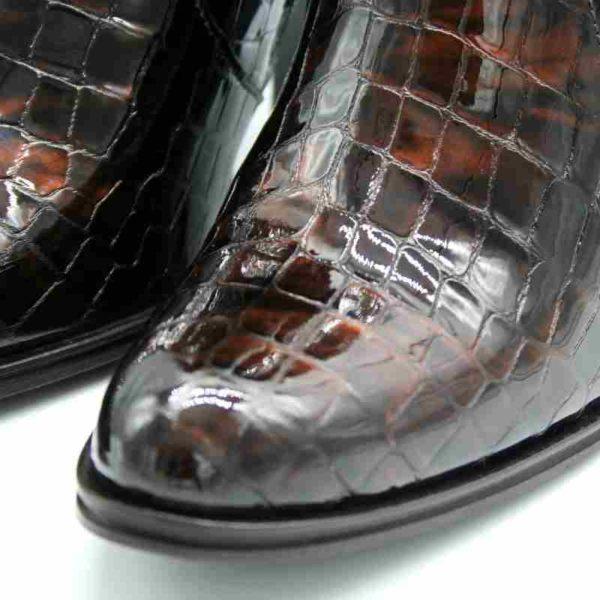 Foto von Stiefeletten Kroko Nahaufnahme Lackleder mit Krokodilprägung_Modell 721